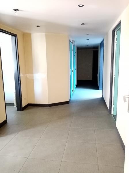 Vente local commercial L isle adam 339 600€ - Photo 5