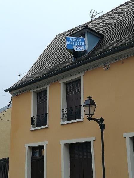 Location appartement Bonnelles 580€ CC - Photo 1