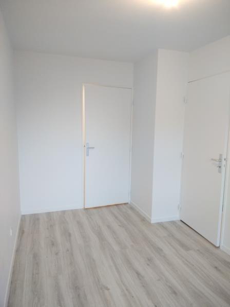 Rental apartment Vendome 596€ CC - Picture 8