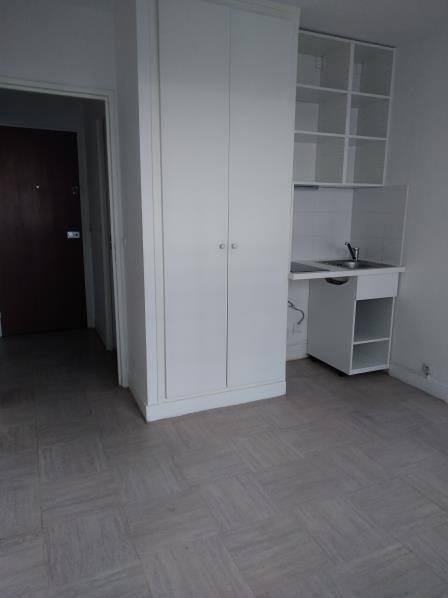 Location appartement Creteil 610€ CC - Photo 3