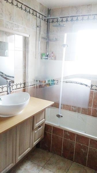 Sale house / villa Les bordes 233900€ - Picture 10
