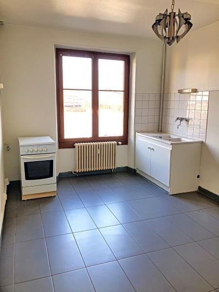 Rental apartment Chambery 609€ CC - Picture 2