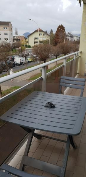 Sale apartment Annecy 238 000€ - Picture 2