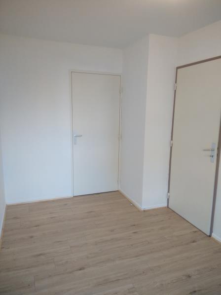 Rental apartment Vendome 460€ CC - Picture 7