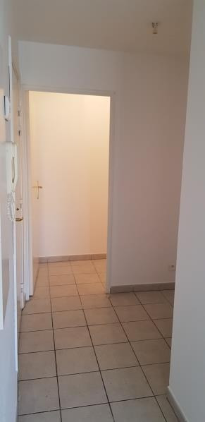 Sale apartment Le luc 101 000€ - Picture 3
