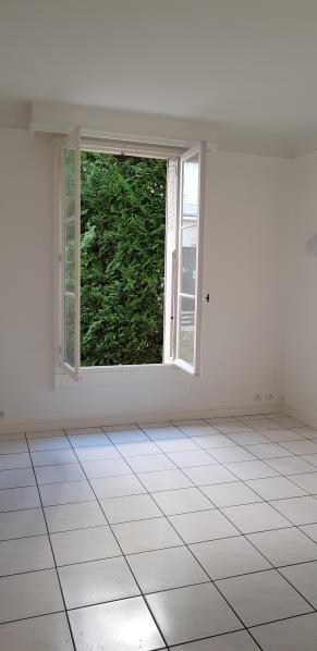Location appartement Asnieres sur seine 1090€ CC - Photo 3
