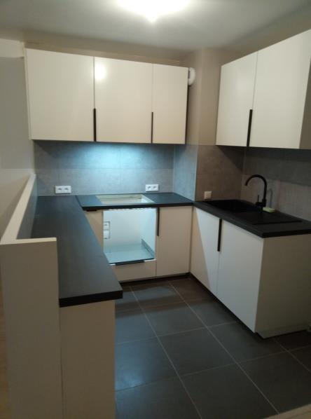 Rental apartment Jouy le moutier 895€ CC - Picture 3