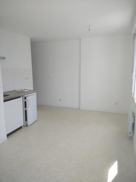 Rental apartment Vendome 300€ CC - Picture 2