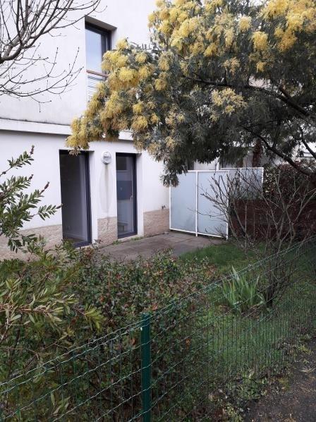 Location appartement St nazaire 585€ CC - Photo 1