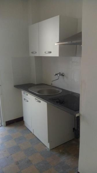 Location appartement Marseille 1er 765€ CC - Photo 8
