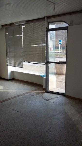 Rental empty room/storage Chamagnieu 410€ CC - Picture 4