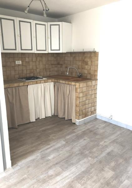 Sale apartment Peypin 110000€ - Picture 2