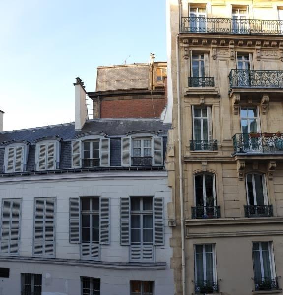 Deluxe sale apartment Paris 10ème 1760000€ - Picture 2