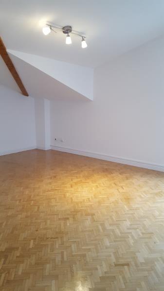 Alquiler  apartamento Ste foy les lyon 1544€ CC - Fotografía 4