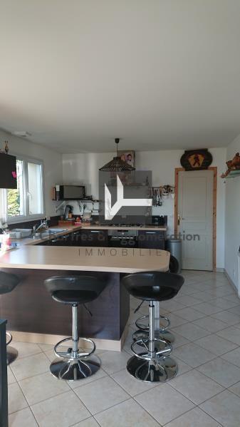 Sale house / villa Jouy 268150€ - Picture 4