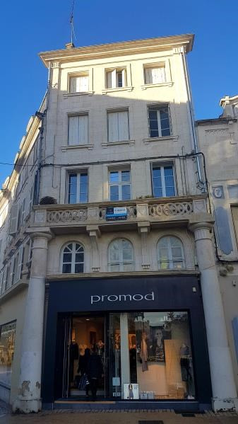 Sale apartment Niort 82 900€ - Picture 1
