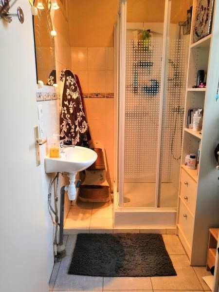 Sale apartment Cluses 95000€ - Picture 4