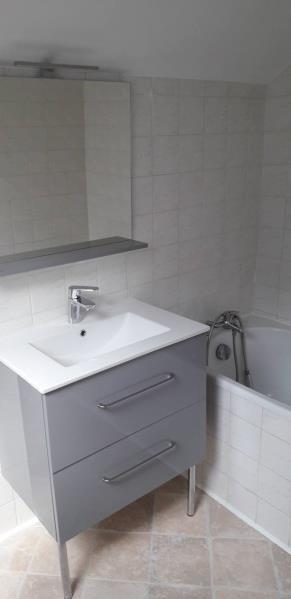 Location appartement Saint ouen l aumone 1020€ CC - Photo 5