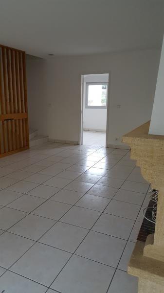 Rental apartment Ste foy les lyon 1544€ CC - Picture 1