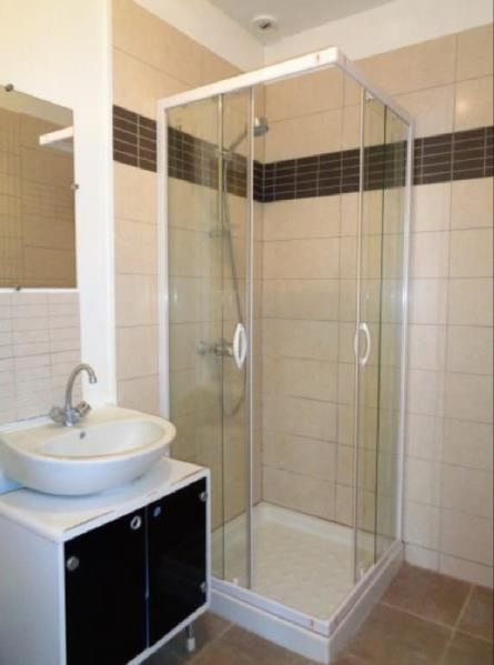 Rental apartment Forges les bains 480€ CC - Picture 3