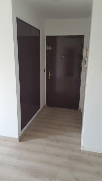 Rental apartment Vaux sur seine 699€ CC - Picture 7