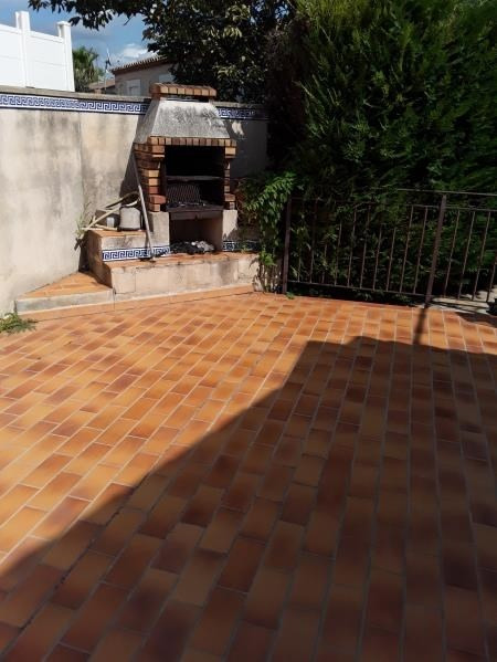 Sale house / villa Lunel 331800€ - Picture 5