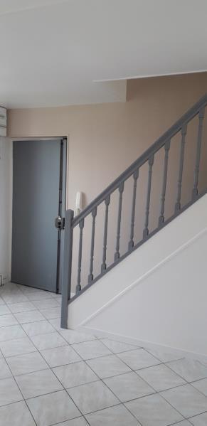 Location appartement Saint ouen l aumone 1020€ CC - Photo 3