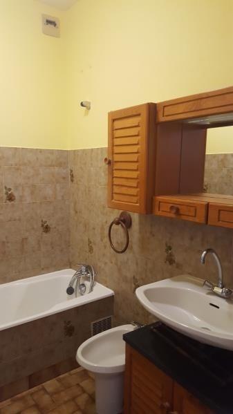 Rental apartment Quimperle 360€ CC - Picture 2