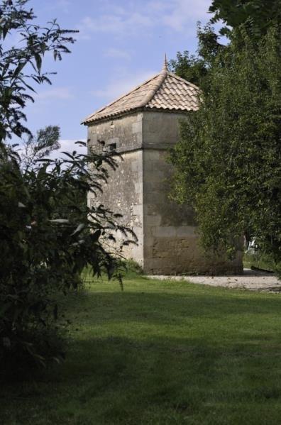 Sale house / villa Couqueques 493500€ - Picture 8