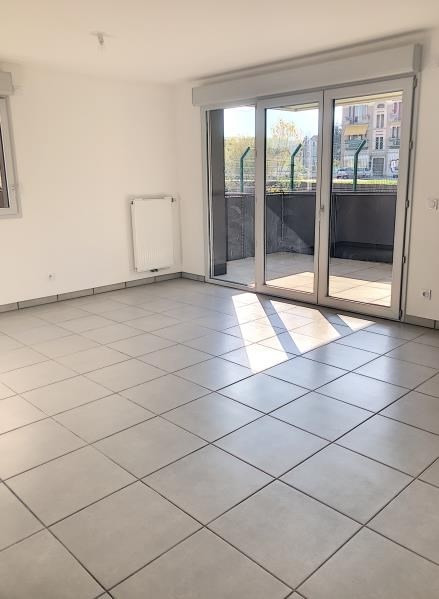 Location appartement Bassens 914€ CC - Photo 3
