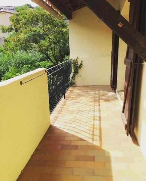 Sale apartment Carqueiranne 296000€ - Picture 2