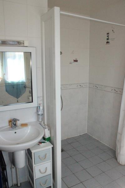 Sale house / villa St martin des champs 227800€ - Picture 9