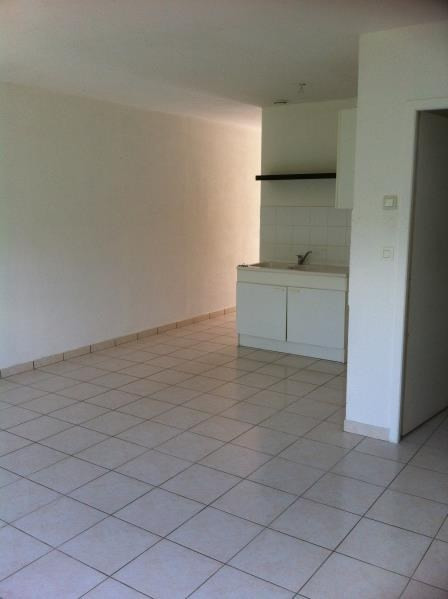 Location appartement Artigues pres bordeaux 590€ CC - Photo 3