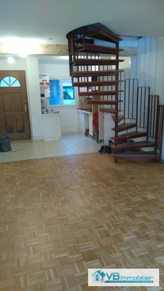 Vente maison / villa La queue en brie 280000€ - Photo 3