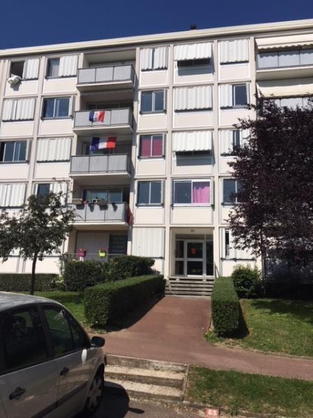 Revenda apartamento Marly-le-roi 173000€ - Fotografia 3