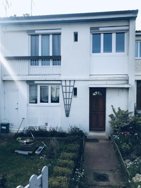Sale house / villa Ableiges 259000€ - Picture 1