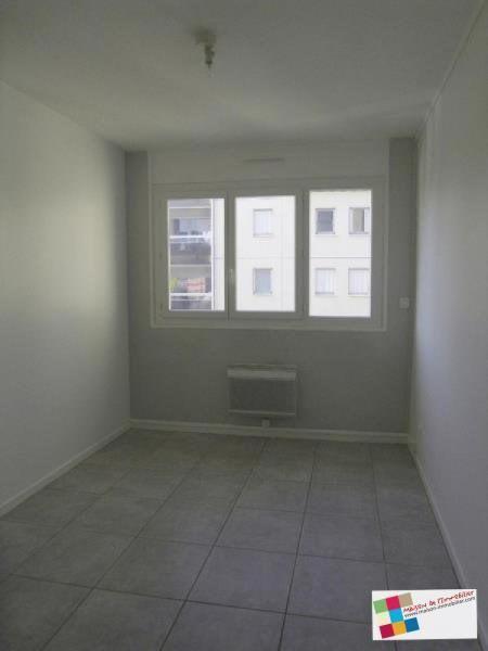 Rental apartment Cognac 570€ CC - Picture 5