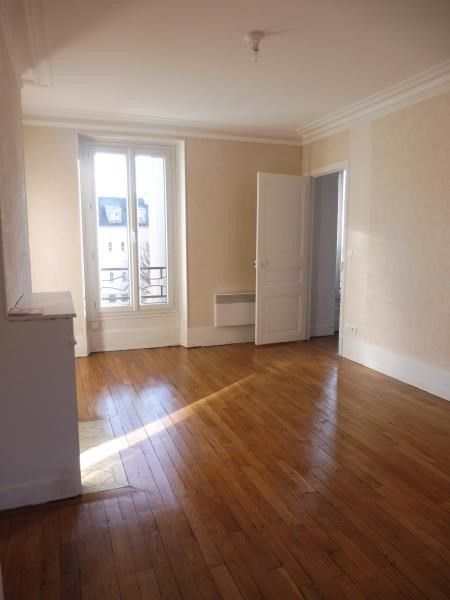 Rental apartment Le raincy 790€ CC - Picture 1