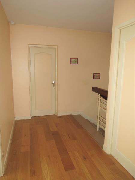 Sale house / villa Veigne 304900€ - Picture 7