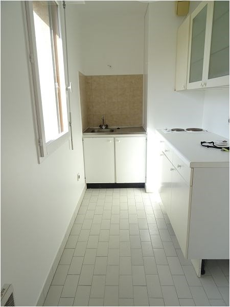 Rental apartment Bretigny 591€ CC - Picture 3