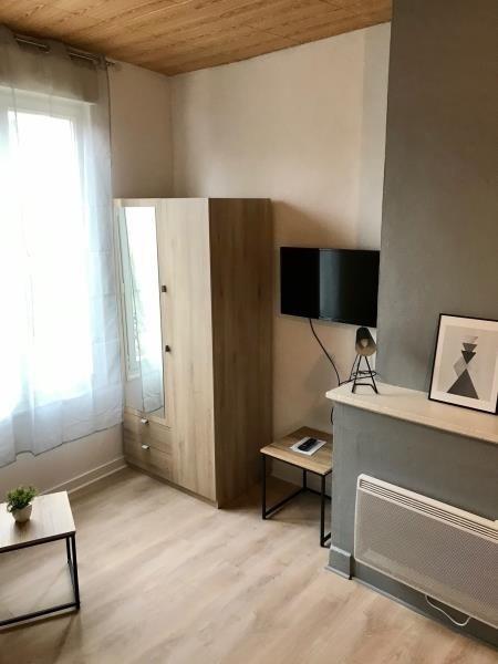 Location appartement Niort 304€ CC - Photo 2