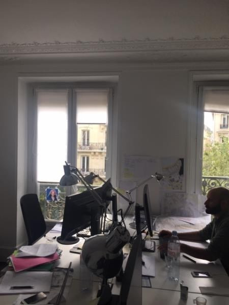 Rental office Paris 1er 2 500€ HT/HC - Picture 3