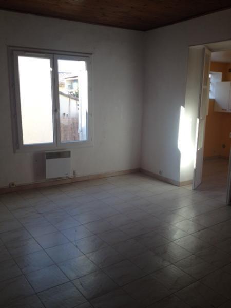 Rental apartment Fuveau 720€ CC - Picture 2
