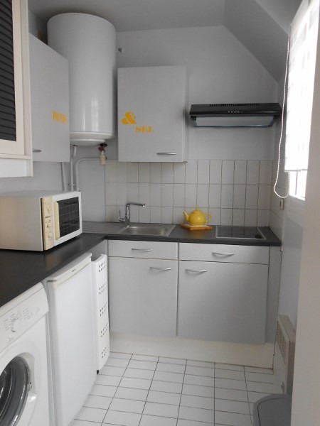 Location appartement Fontainebleau 897€ CC - Photo 8