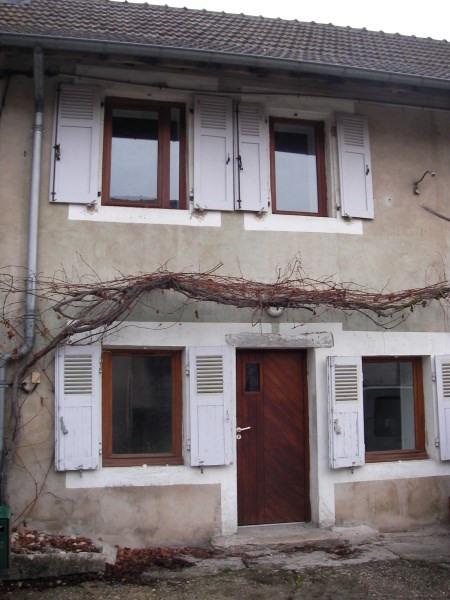 Rental house / villa Bouvesse quirieu 420€ CC - Picture 1
