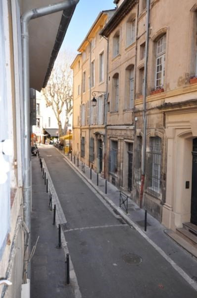 Location appartement Aix en provence 768€ CC - Photo 1