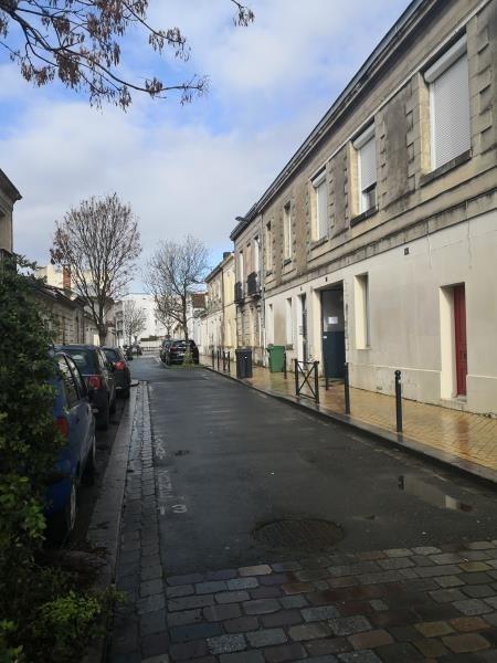 Rental parking spaces Bordeaux 80€ CC - Picture 1