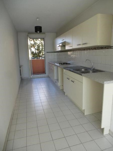 Location appartement Aix en provence 825€ CC - Photo 6