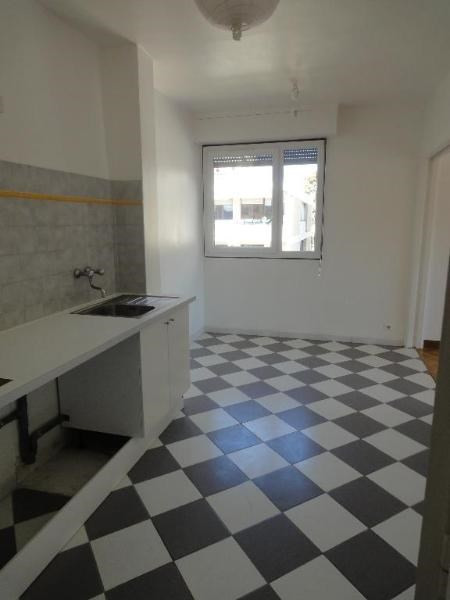 Location appartement Aix en provence 1 205€ CC - Photo 3