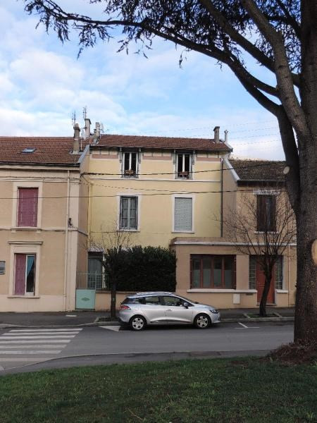 Location appartement Tarare 370€ CC - Photo 1